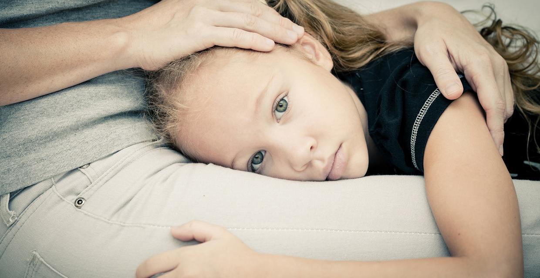 Cum poti ajuta copiii expusi la trauma